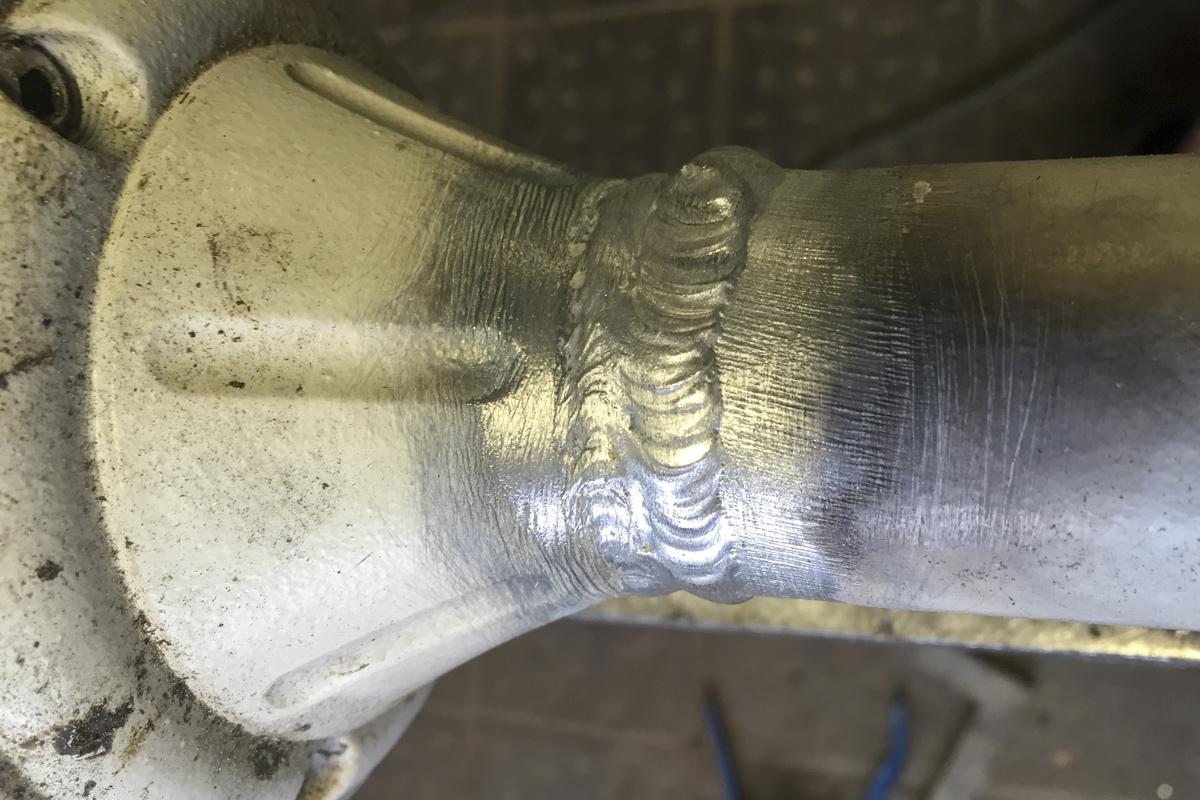 Metall Reparaturen Aluminium Schweißarbeiten Reparatur Standfuß Laterne