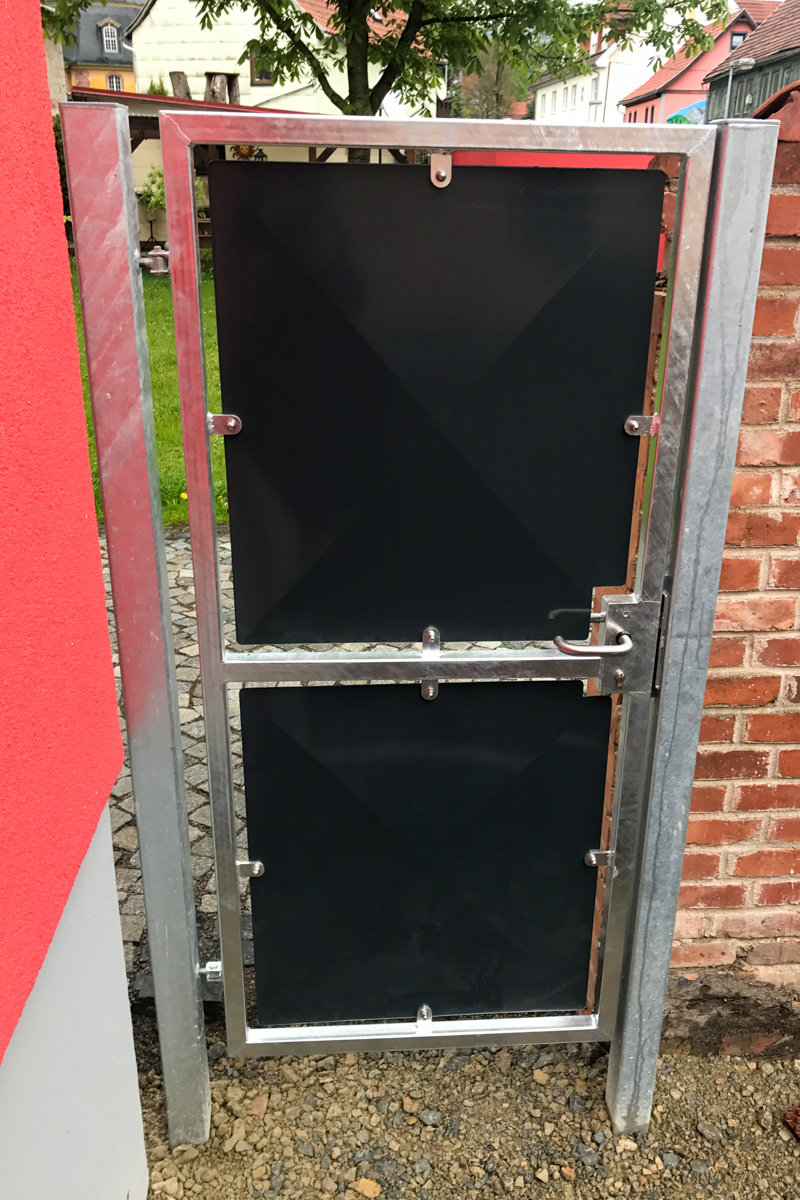 Metalltore Einflügeliges Tor Blechfüllung pulverbeschichtet